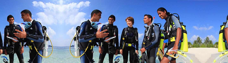 page-header-happy-divers-tropics-padi
